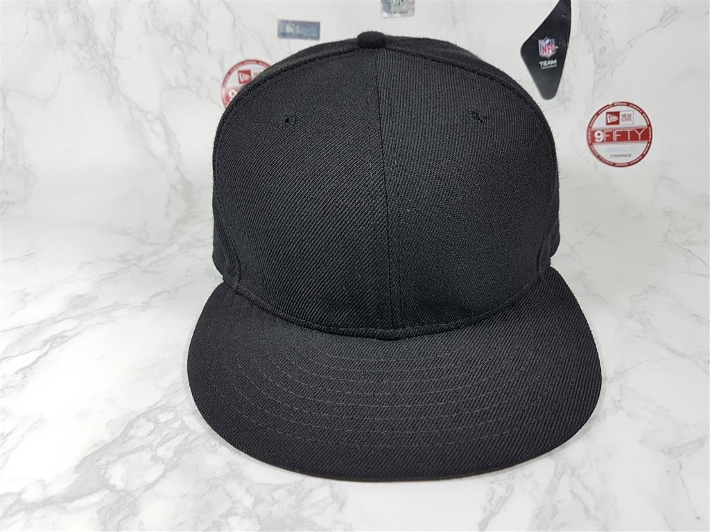 หมวกเปล่า New Era สีดำล้วน ไซส์ 7 3/8 58.7cm