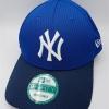 New Era NY Yankees รุ่น 9Forty รุ่นผ้า Daimond ( สายเข็มขัด ) ( ไซส์ M-L 58-61cm )