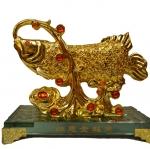 ปลาหลี่ฮื้อเกล็ดเหรียญทองเล่นน้ำโชคลาภ เหลือกินเหลือใช้อุดมสมบูรณ์ ร่ำรวยเงินทอง